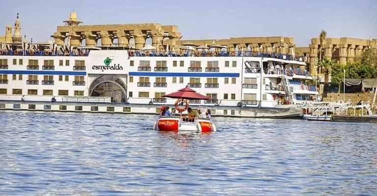 على النيل Donut Boat Egypt